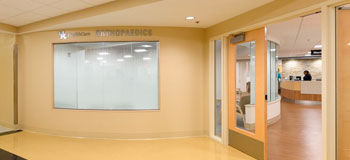 Orthopaedic Surgery & Sports Medicine entrance